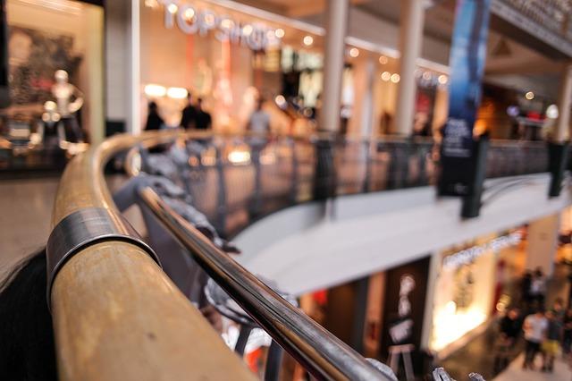 shopping-center-318602_640