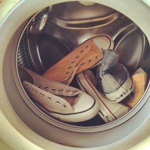 shoes-1064194_640